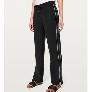 Lululemon On the Right Track Pant